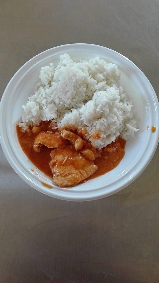 Tegdeghe, piatto del Mali, preparato dai ragazzi di Anffas con la guida di Salam